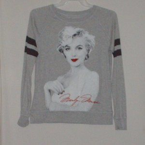 Marilyn Monroe #26 ladies T-shirt - size large